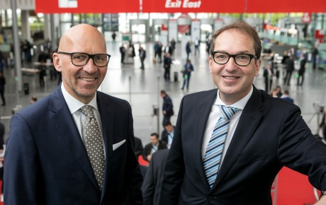 Klaus Dittrich und Alexander Dobrindt, MdB auf der transport logistic 2017